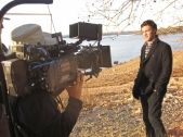 filming singer Phillip Phillips